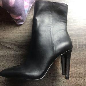 Nine West booties. NWOT size 6